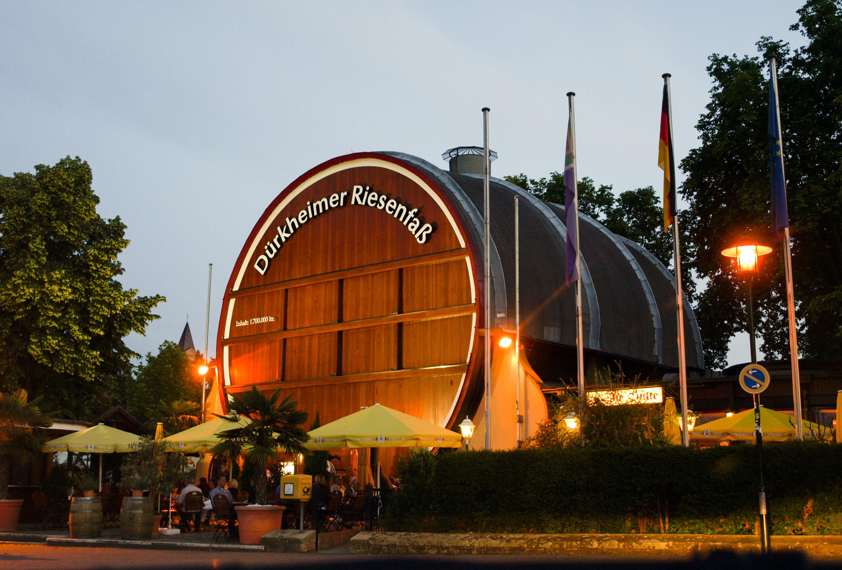 Dürkheimer Fass Ferienwohnung Maier Bad Dürkheim Ungstein Wurstmarkt Wurstmarktsplatz Freizeitangebot Bad Dürkheim